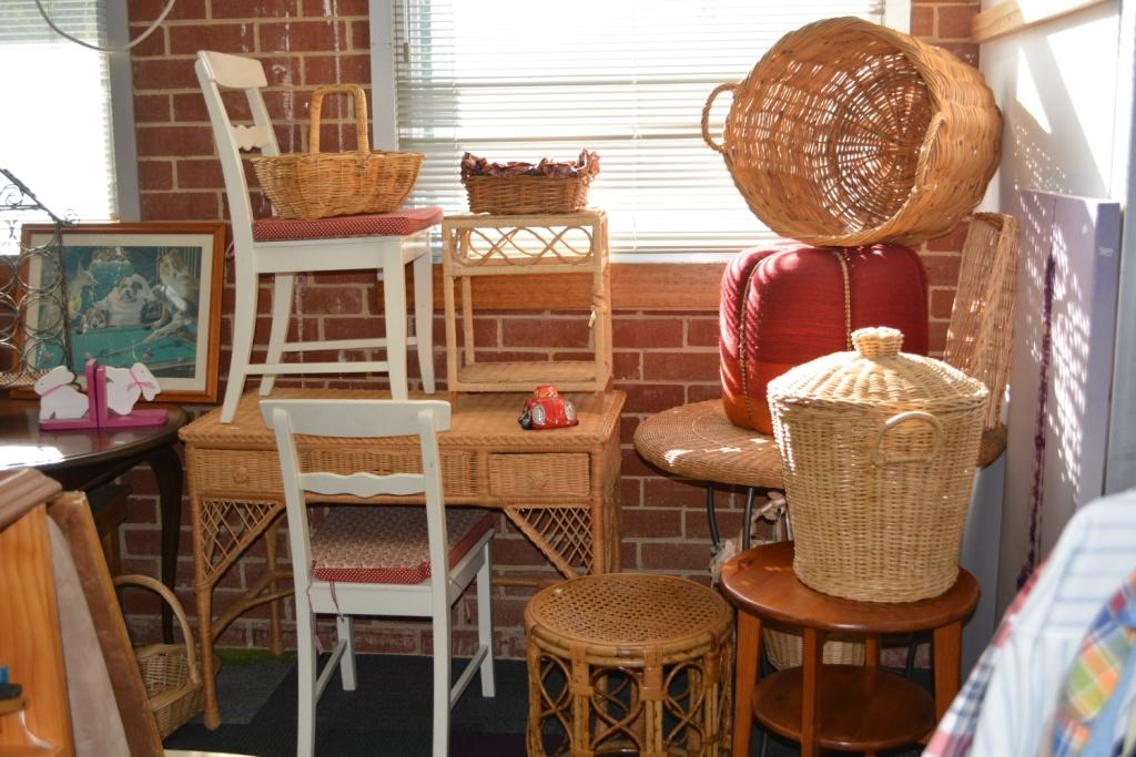 Rotary club of Warrandyte Donvale Op Shop baskets