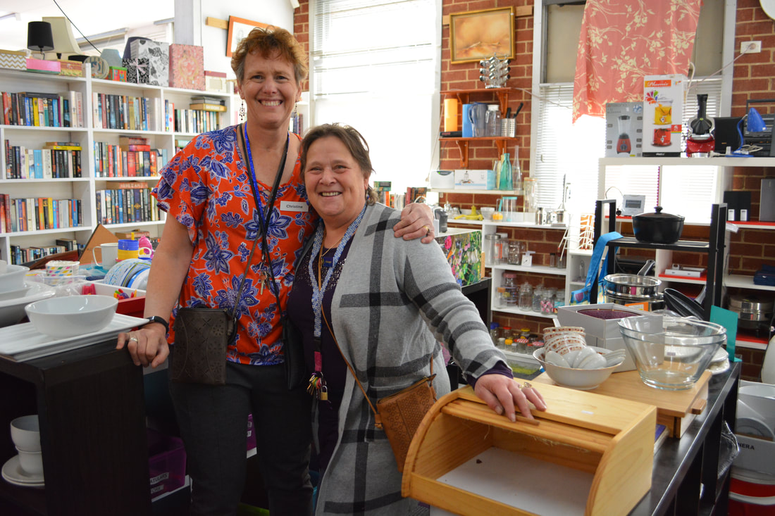 Rotary club of Warrandyte Donvale Op Shop staff